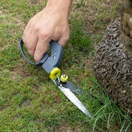 RHS Burgon and Ball single handed grass shear
