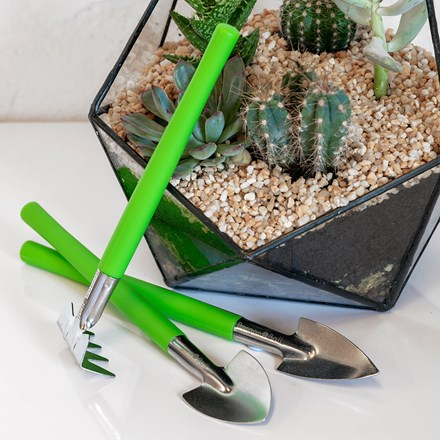 Burgon and Ball houseplant and terrarium tool set