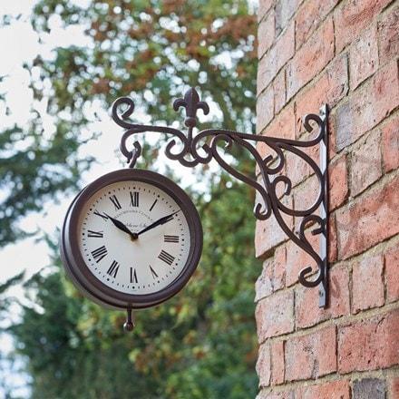 Double sided Marylebone station clock and