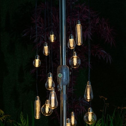 The bulb chandelier