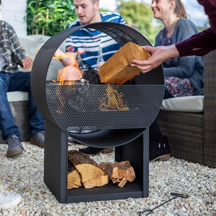 Camacha steel round fireplace