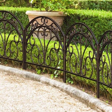 Rustica Italia border fence