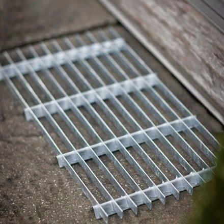 Galvanised steel doormat