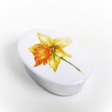 Daffodil trinket box