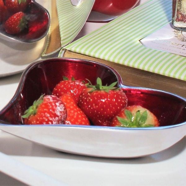 Red heart dish small