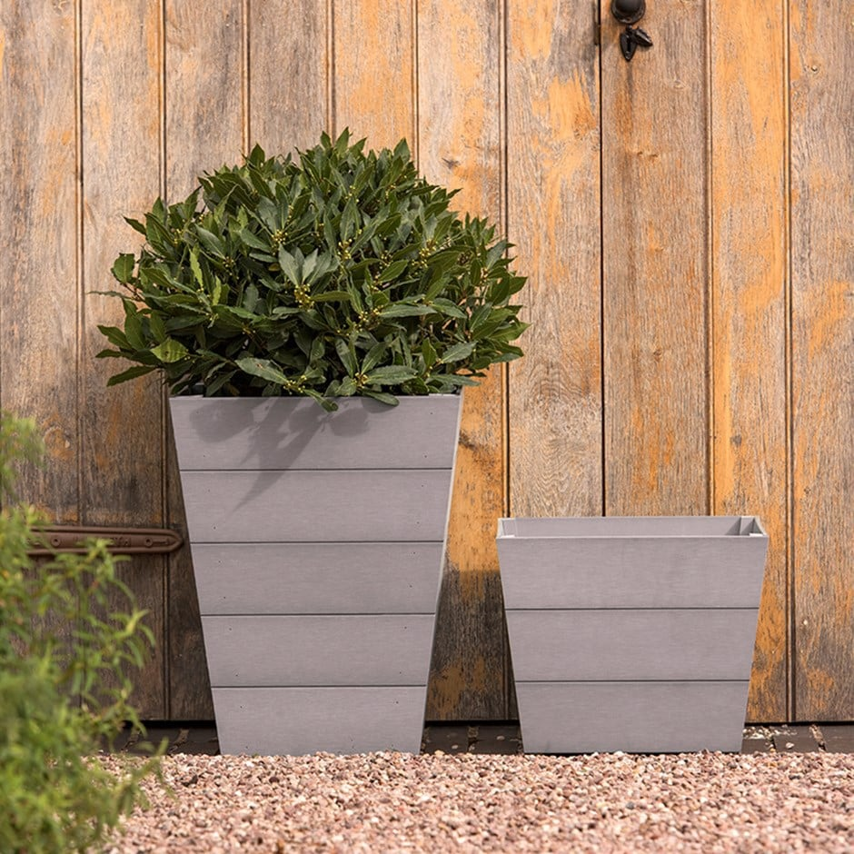 Mews planters grey set of 2