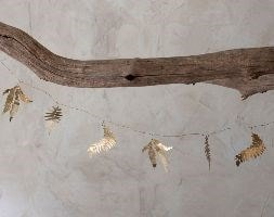 Tabwa mixed leaf garland