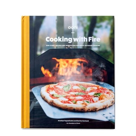 Ooni : Cooking with fire cookbook