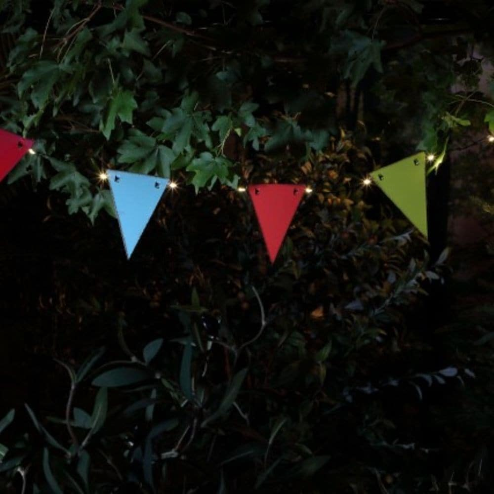 Solar 30 LED vintage weather-proof metal bunting