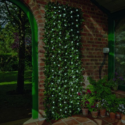 Solar laurel leaf trellis - large