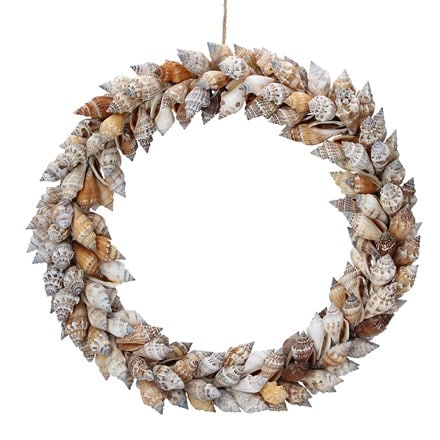Brown chula shell round wreath
