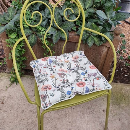 Fabric seat pad - floral