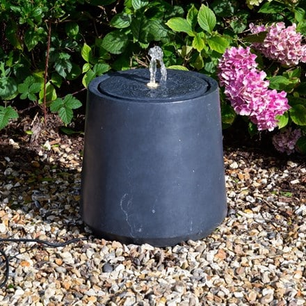 Granite outdoor elite round tall water feature