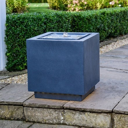 Granite outdoor elite LED cube water feature
