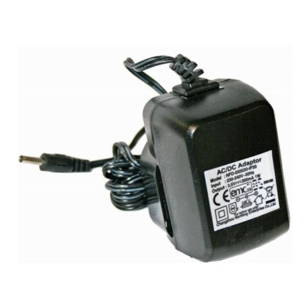 Low voltage dual power adaptor