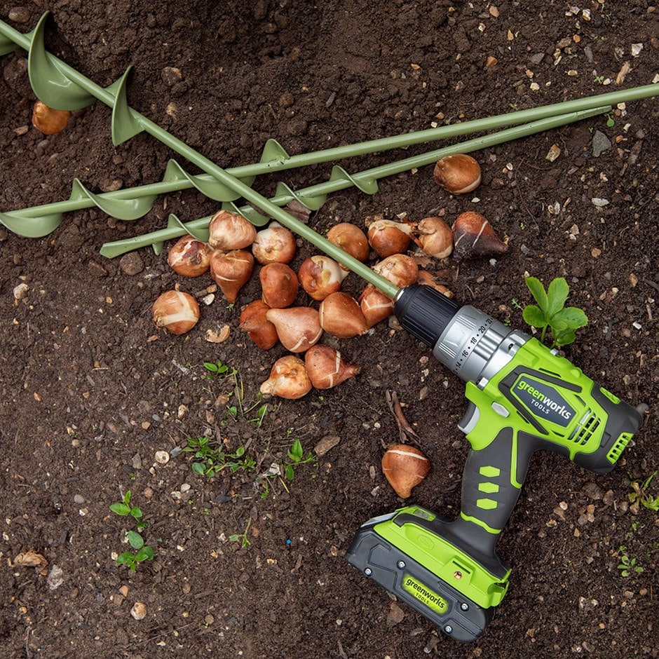 Greenworks cordless drill - 24V with two rechargeable batteries